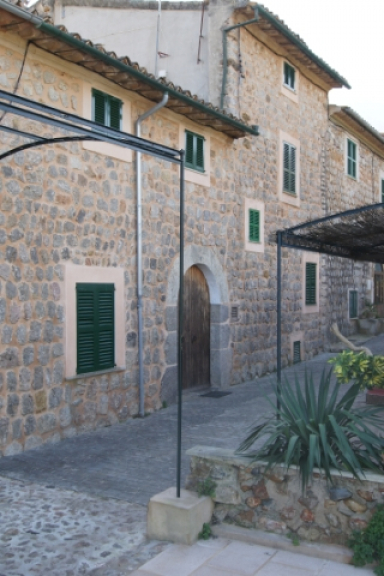 Reihenhaus mit Garten und Pool in Sóller - Mallorca Dream ...